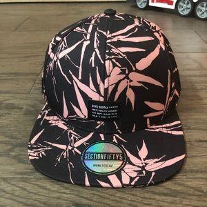 H&M Men's Adjustable Flat Bill Hat